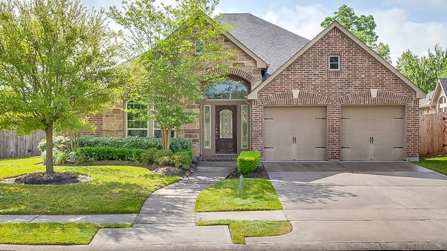 Photo 1 of 18 - 27703 Amy Willow Ln, Spring, TX 77386