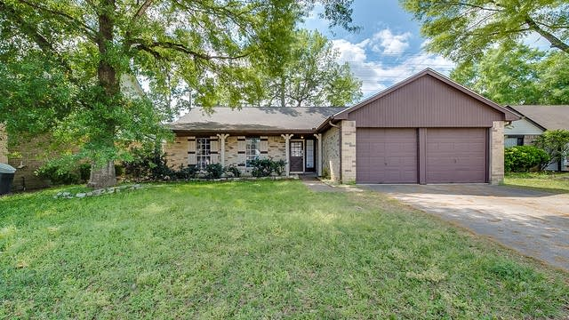 Photo 1 of 19 - 8406 Old Maple Ln, Humble, TX 77338