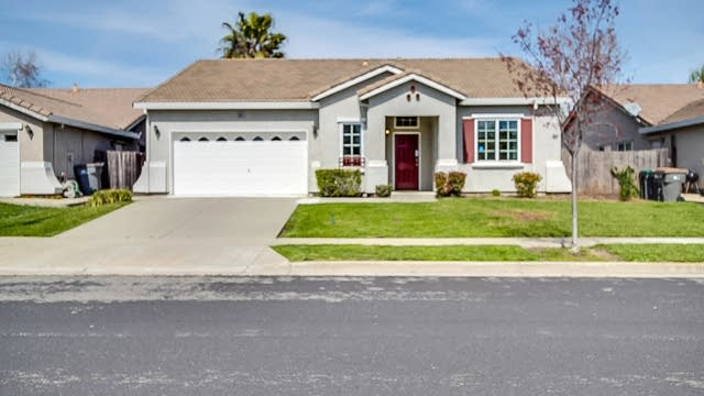 Photo 1 of 13 - 3084 Grizzly Bay Rd, West Sacramento, CA 95691