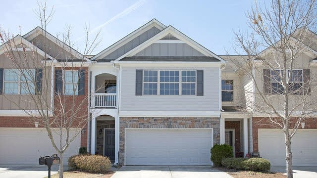 Photo 1 of 16 - 3106 Spicy Cedar Ln, Lithonia, GA 30038