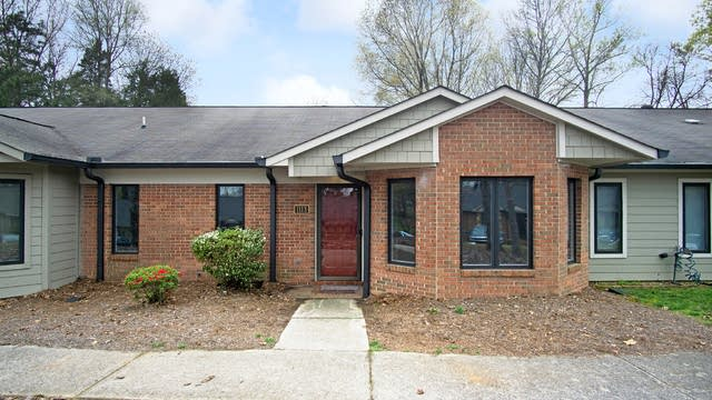 Photo 1 of 15 - 1113 Hanford Pl NW, Concord, NC 28027
