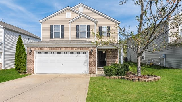 Photo 1 of 25 - 1507 Kingman Dr, Knightdale, NC 27545