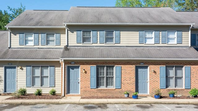 Photo 1 of 13 - 2605 Camellia Dr, Durham, NC 27705
