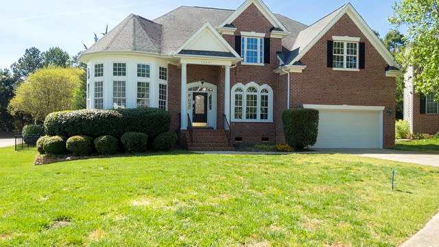 Photo 1 of 30 - 12501 Boone Hall Ct, Raleigh, NC 27614