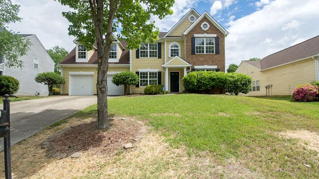 Photo 1 of 34 - 14012 Laurel Trace Dr, Charlotte, NC 28273