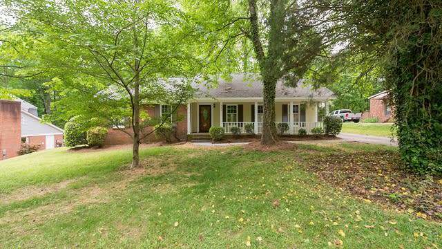 Photo 1 of 12 - 9624 Hinson Dr, Charlotte, NC 28105