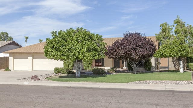 Photo 1 of 25 - 12929 N 74th Ln, Peoria, AZ 85381
