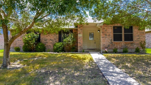 Photo 1 of 36 - 3007 Misty Way Dr, Wylie, TX 75098