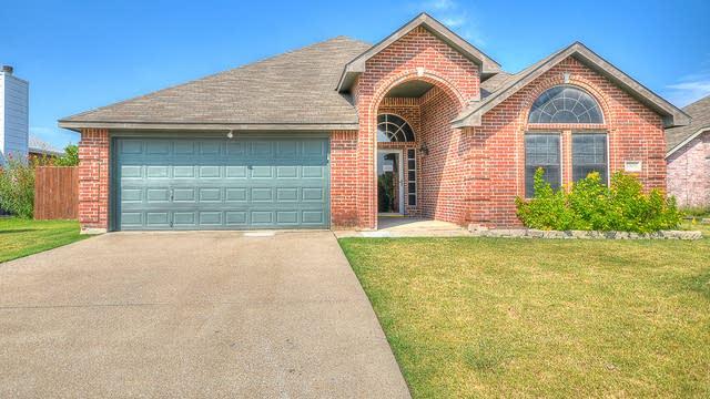 Photo 1 of 26 - 8509 Holland Ave, Rowlett, TX 75089