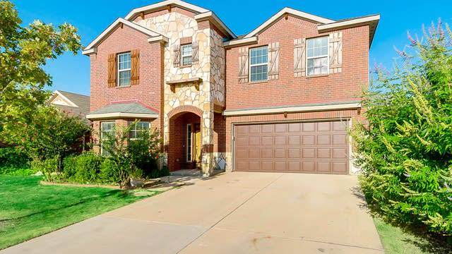 Photo 1 of 26 - 7444 Durness Dr, Fort Worth, TX 76179