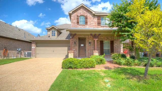 Photo 1 of 32 - 1304 Meadow Ranch Rd, McKinney, TX 75071