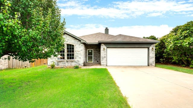 Photo 1 of 25 - 6367 Rainwater Way, Fort Worth, TX 76179