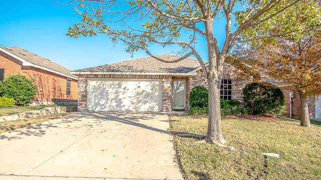 Photo 1 of 31 - 622 Lincoln Ave, Lavon, TX 75166