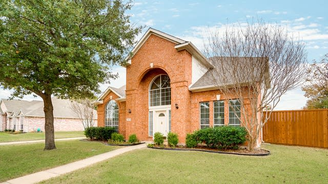 Photo 1 of 29 - 11513 Amber Valley Dr, Frisco, TX 75035