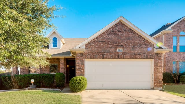 Photo 1 of 27 - 9864 Gallatin Ln, Fort Worth, TX 76177