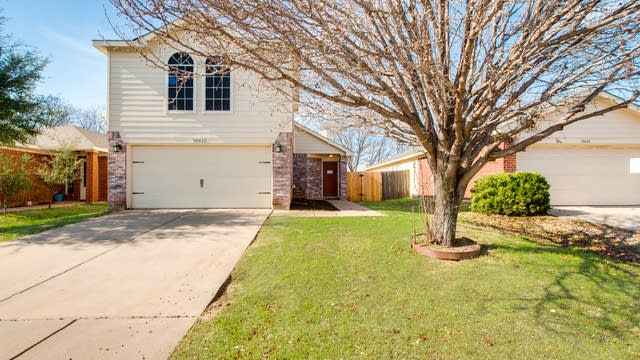 Photo 1 of 25 - 10612 Towerwood Dr, Fort Worth, TX 76140