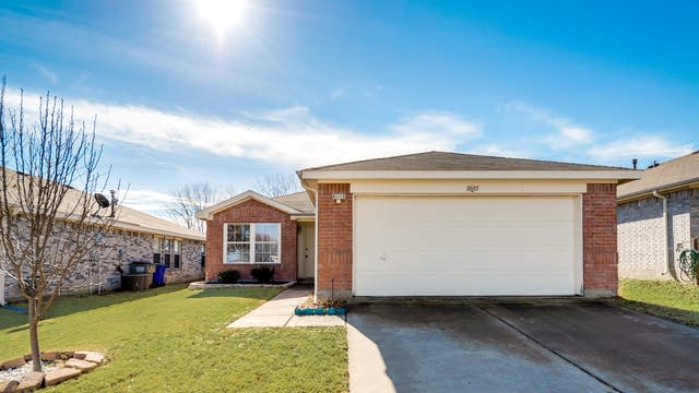 Photo 1 of 21 - 1005 Singletree Dr, Forney, TX 75126