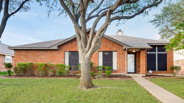 Photo 1 of 28 - 1907 Shoreline Dr, Mesquite, TX 75149