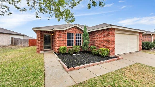Photo 1 of 23 - 5428 Camarillo Dr, Fort Worth, TX 76244
