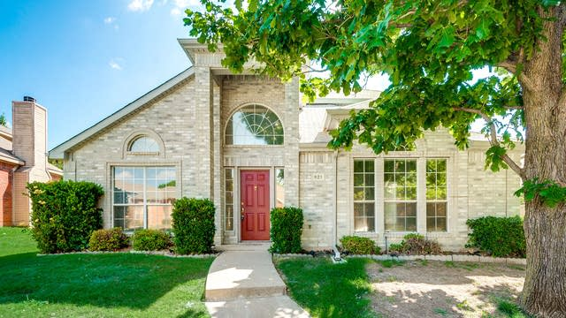 Photo 1 of 27 - 821 Heritage Pkwy S, Allen, TX 75002