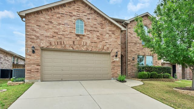 Photo 1 of 31 - 3608 Hudgins Ranch Rd, Roanoke, TX 76262