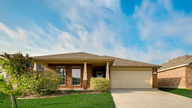 Photo 1 of 28 - 9321 Nathan Ct, Fort Worth, TX 76108