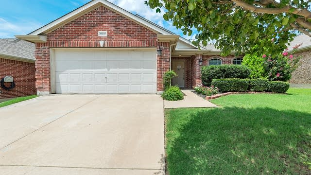 Photo 1 of 23 - 13233 Evergreen Dr, Fort Worth, TX 76244