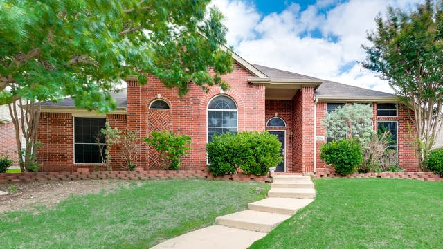 Photo 1 of 38 - 7204 Dalewood Dr, Plano, TX 75074