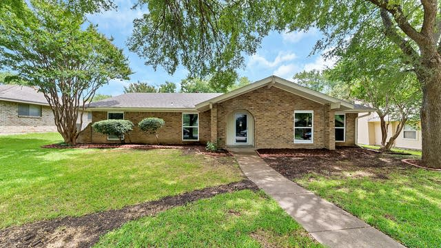 Photo 1 of 28 - 1224 Holt Ave, DeSoto, TX 75115