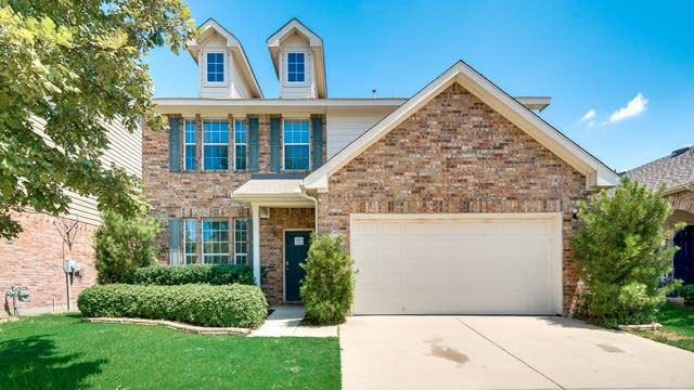 Photo 1 of 31 - 4253 Highgate Rd, Fort Worth, TX 76244