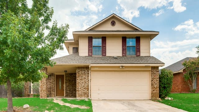 Photo 1 of 29 - 1070 Colony St, Flower Mound, TX 75028