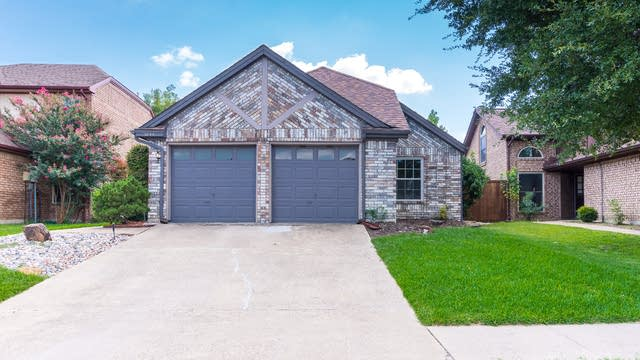Photo 1 of 24 - 3844 Beaumont Ln, Plano, TX 75023