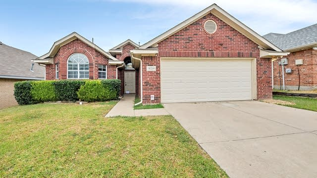 Photo 1 of 23 - 18239 Justice Ln, Dallas, TX 75287
