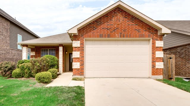 Photo 1 of 30 - 2129 Valley Forge Trl, Fort Worth, TX 76177