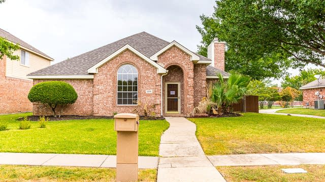 Photo 1 of 30 - 2205 Nettle Dr, Plano, TX 75025