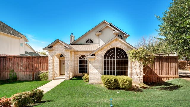 Photo 1 of 31 - 6930 Mazy Ln, Rowlett, TX 75089