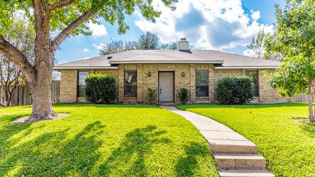 Photo 1 of 26 - 1724 Barclay Dr, Richardson, TX 75081