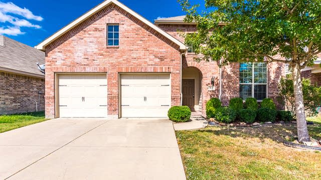 Photo 1 of 26 - 304 Hackberry Dr, Fate, TX 75087
