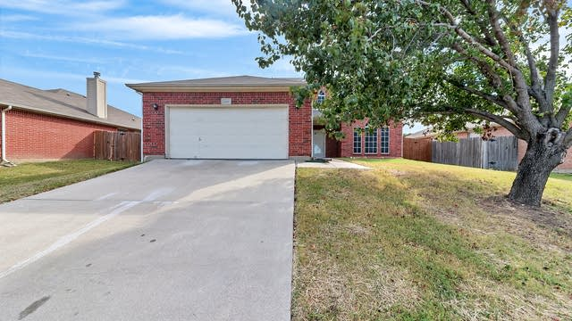 Photo 1 of 29 - 1203 Morningside Dr, Grand Prairie, TX 75052