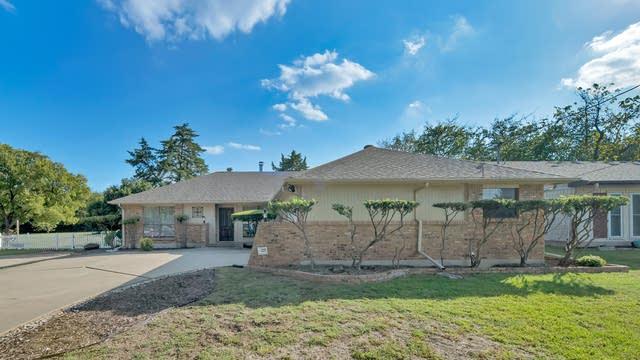 Photo 1 of 24 - 1322 W Ridge Dr, Duncanville, TX 75116