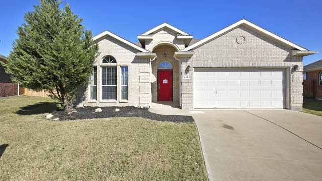 Photo 1 of 24 - 2552 Priscella Dr, Fort Worth, TX 76131