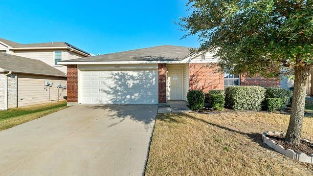 Photo 1 of 26 - 14036 Firebush Ln, Fort Worth, TX 76052
