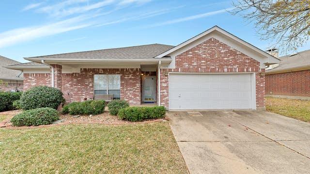 Photo 1 of 26 - 1020 Havenbrook Dr, Arlington, TX 76001
