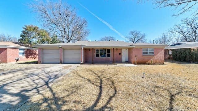 Photo 1 of 25 - 3916 Caddo Trl, Fort Worth, TX 76135