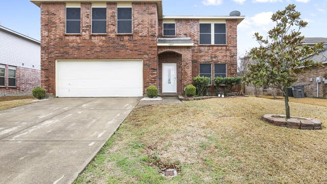 Photo 1 of 27 - 14842 Canyonridge Dr, Balch Springs, TX 75180