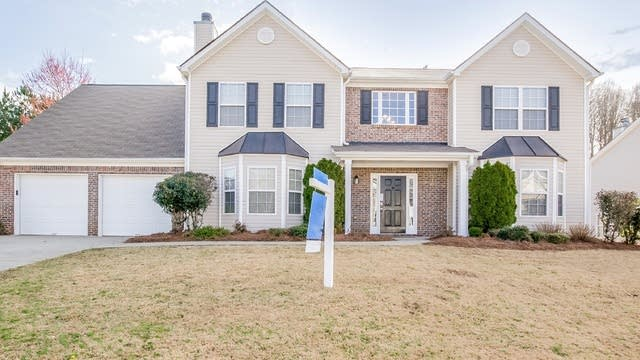 Photo 1 of 22 - 5461 Skylar Creek Ln, Buford, GA 30518