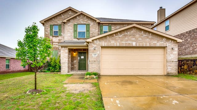 Photo 1 of 31 - 5409 Shady Springs Trl, Fort Worth, TX 76179