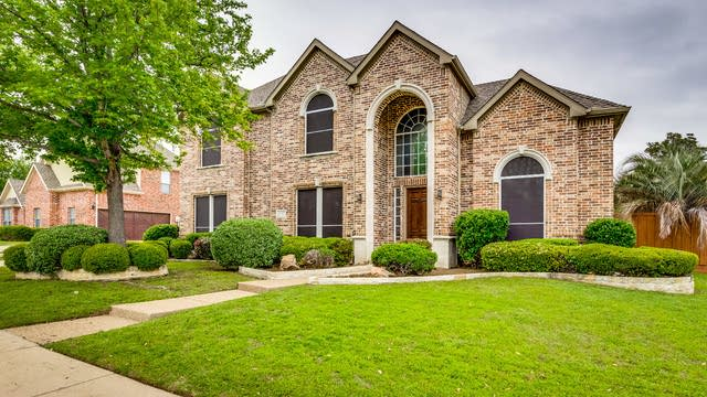 Photo 1 of 35 - 3005 Springbranch Dr, Richardson, TX 75082