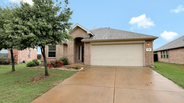 Photo 1 of 27 - 644 Swift Current Dr, Crowley, TX 76036