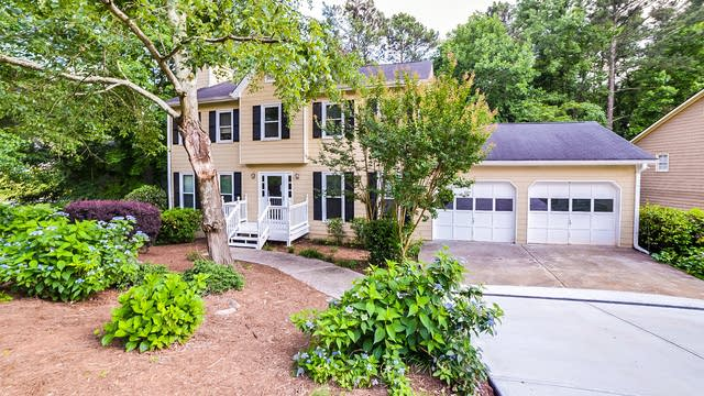 Photo 1 of 21 - 1490 Mill Creek Ct SW, Marietta, GA 30008